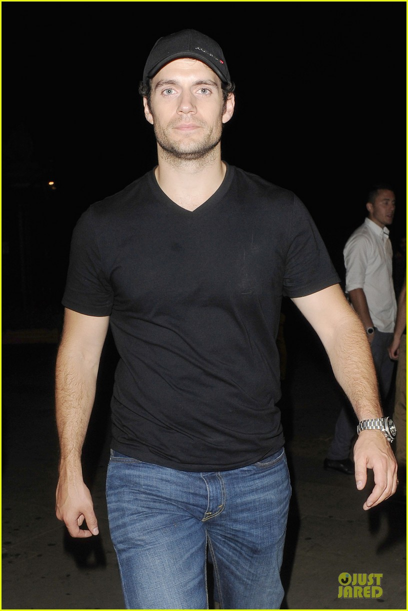 henry cavill bodo schloss nightclub for second straight night 02