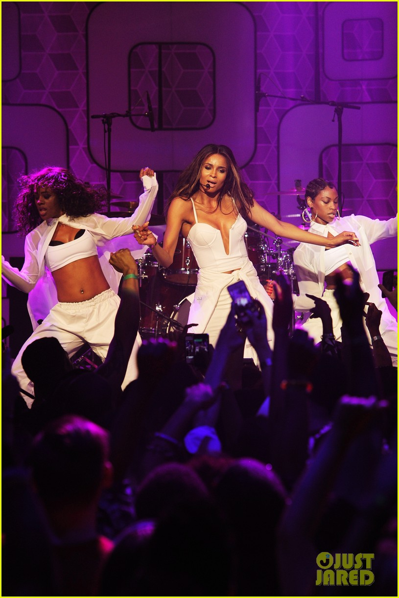 ciara becky g easy breezy brooklyn concert 122936028