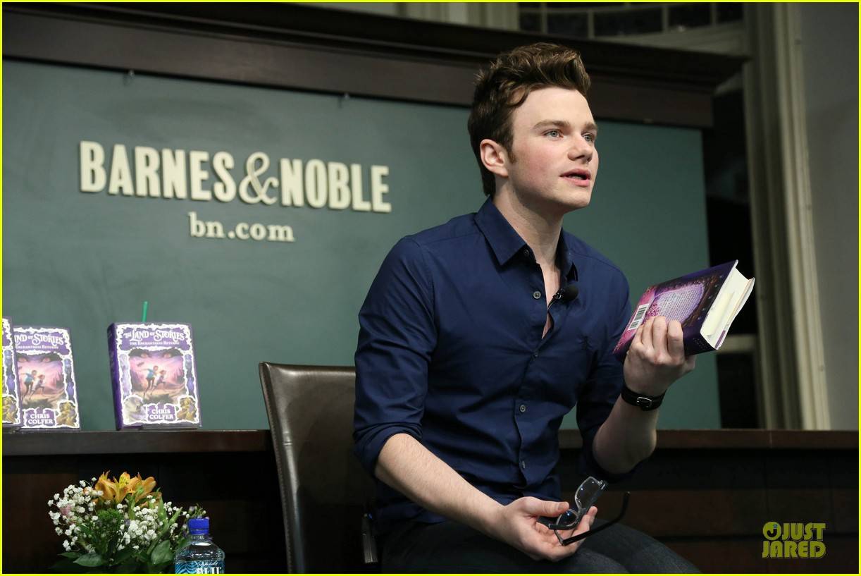 chris colfer land of stories the enchantress returns book event 17