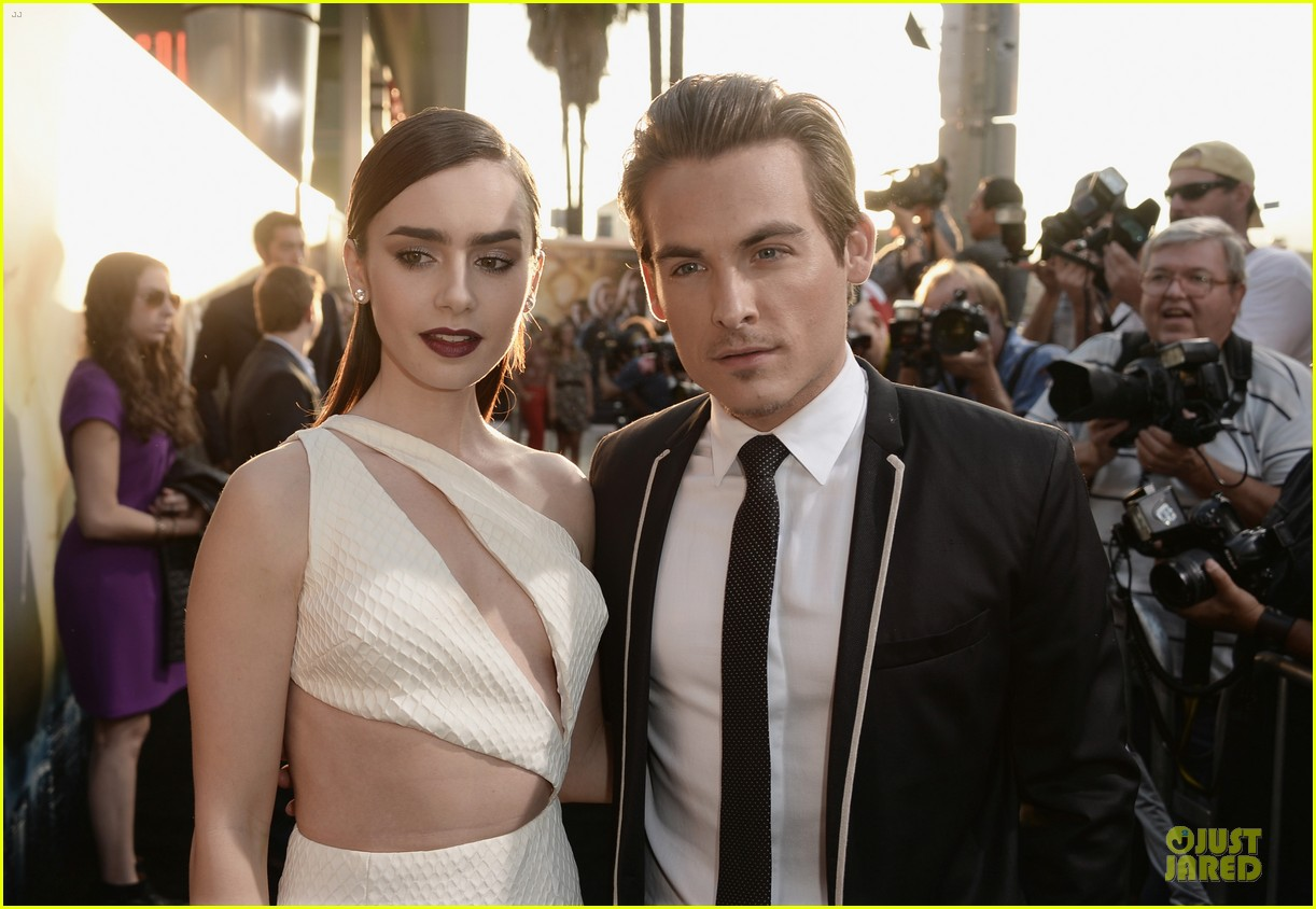 lily collins jamie campbell bower city of bones premiere 10