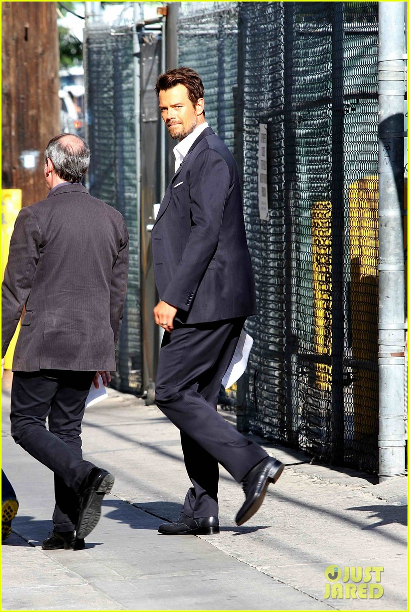 132 Pound Scrotum http://www.justjared.com/photo-gallery/2929982/josh-duhamel-132-pound-scrotum-for-jimmy-kimmel-live-04/