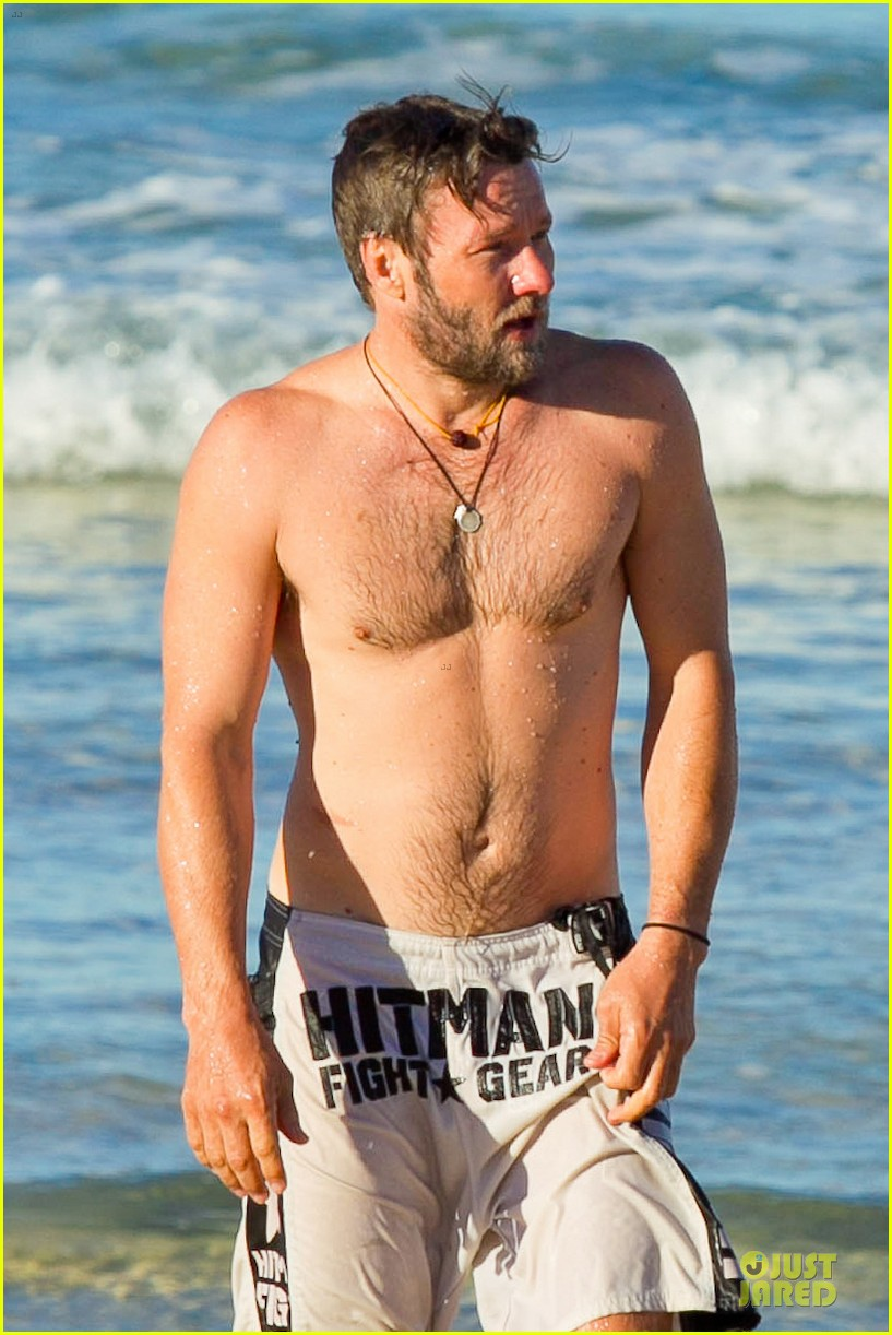 joel edgerton shirtless hitman after exodus news 16