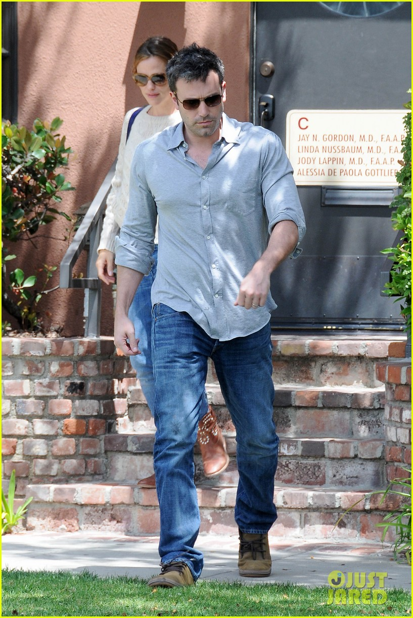 jennifer garner ben affleck share romantic weekend lunch 09