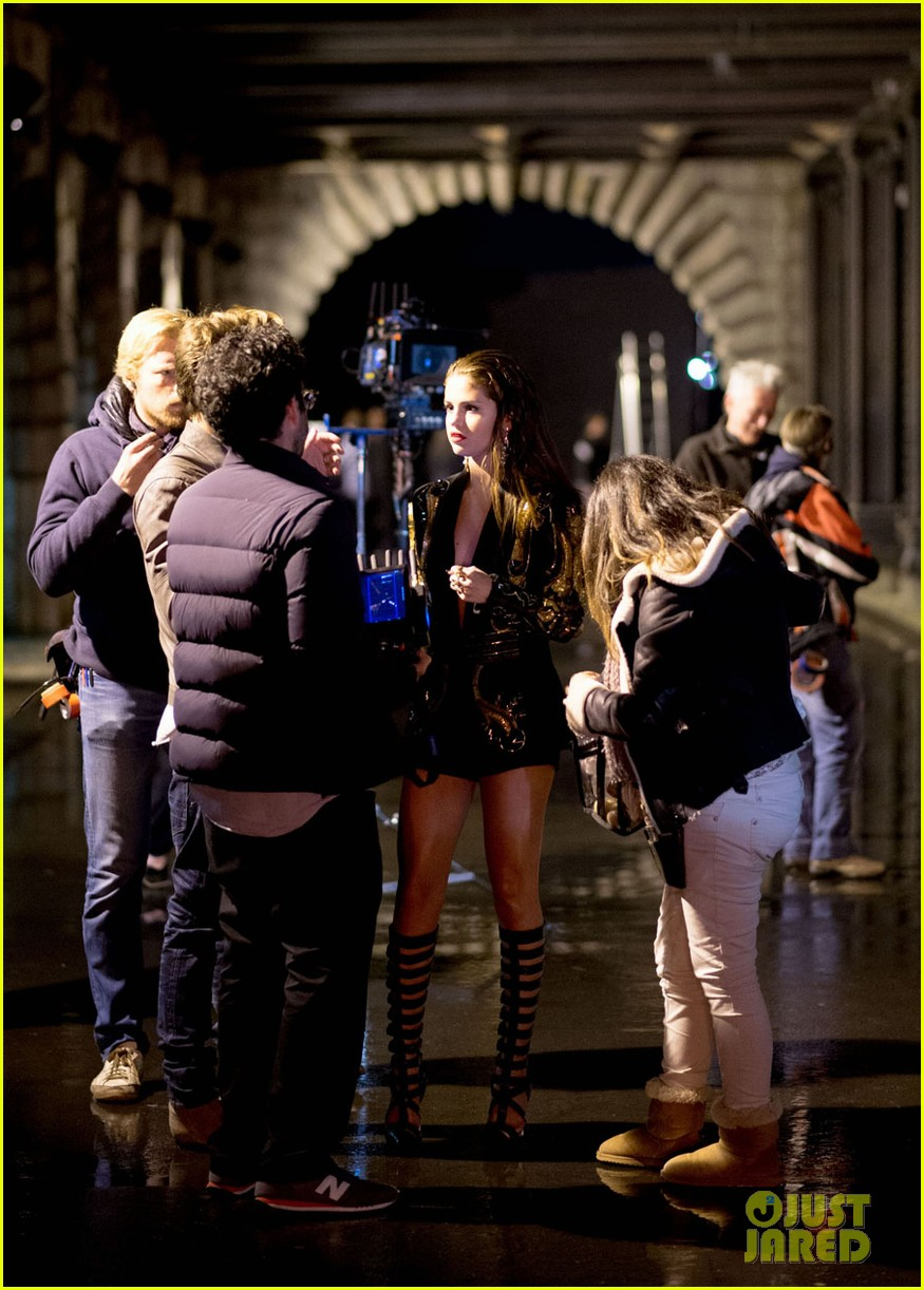 selena gomez slow down music video pics 05