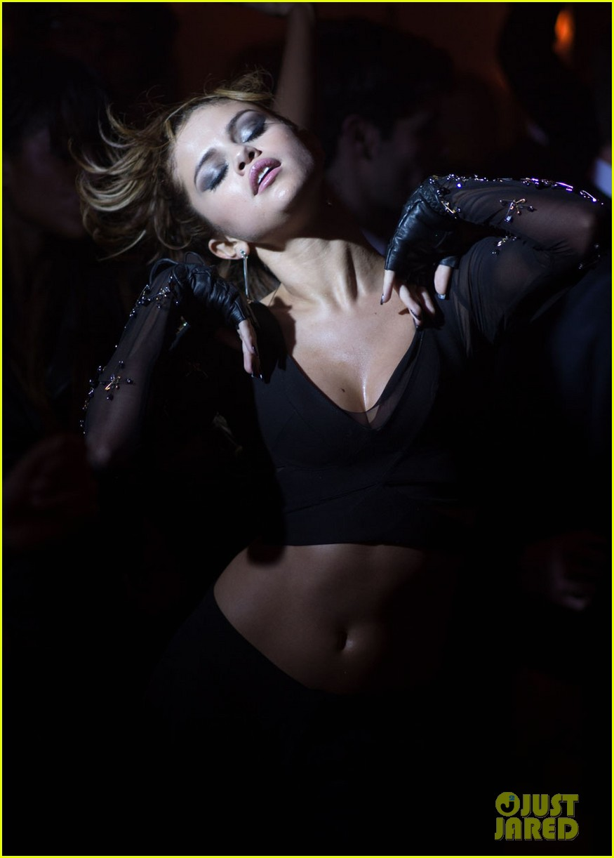 selena gomez slow down music video pics 19