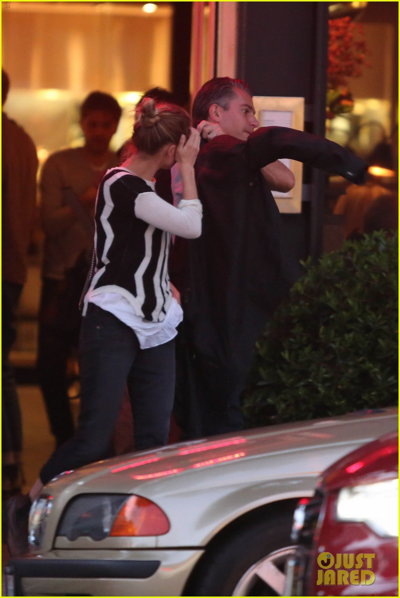 amber heard grabs dinner with talent agent christian carino 13