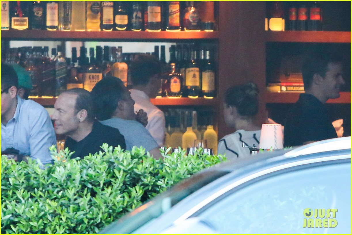 amber heard grabs dinner with talent agent christian carino 27