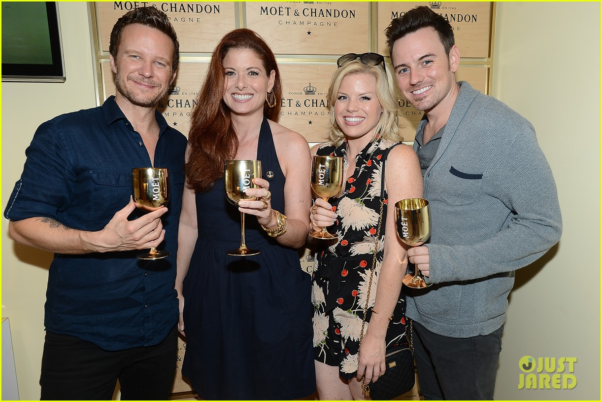 megan hilty debra messing smash reunion at us open 122941042