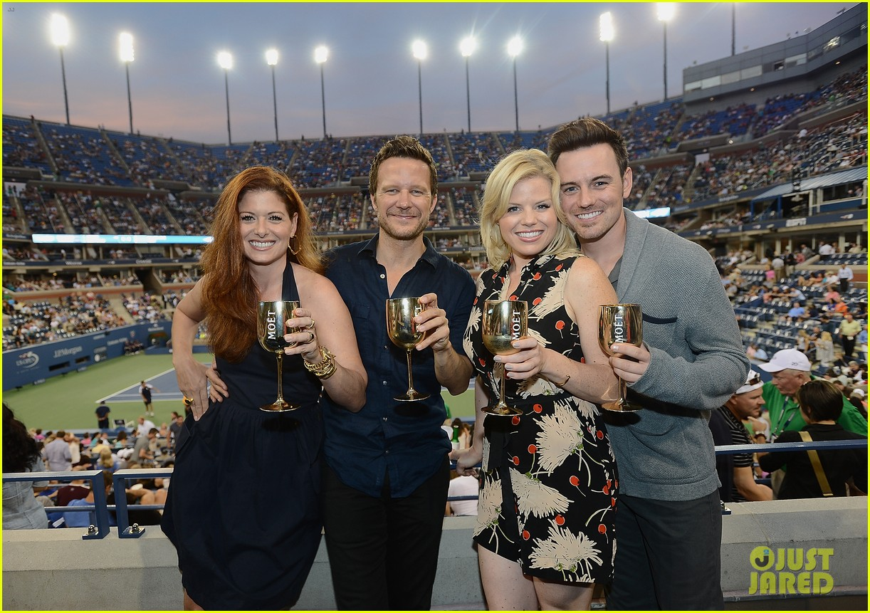 megan hilty debra messing smash reunion at us open 16