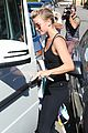 julianne hough flies out of lax after girls night 17