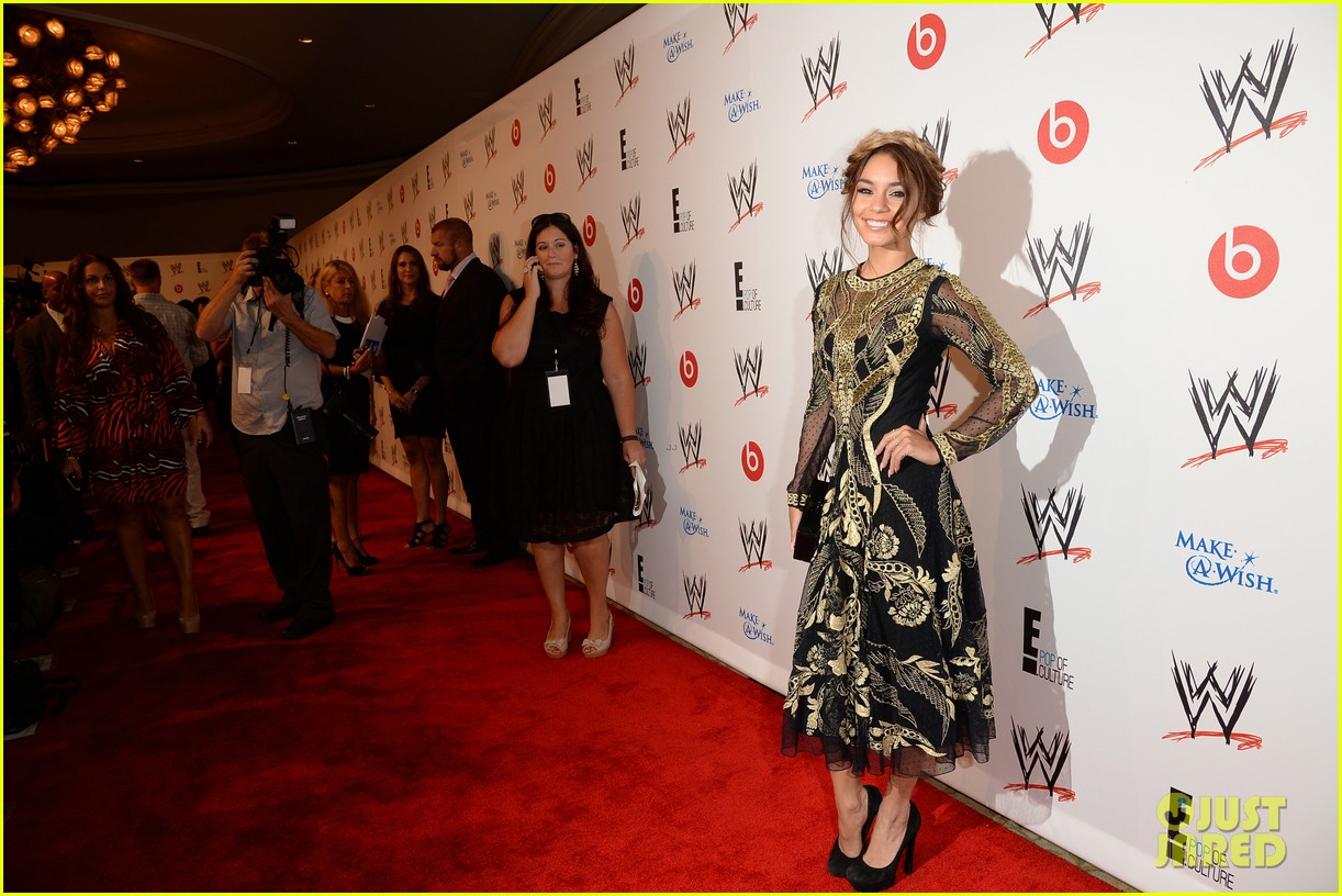 vanessa hudgens wwe superstars for hope event 12