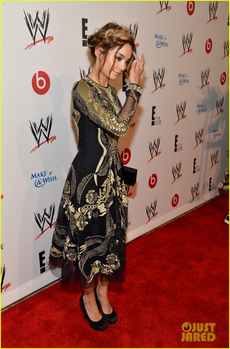 vanessa hudgens wwe superstars for hope event 18