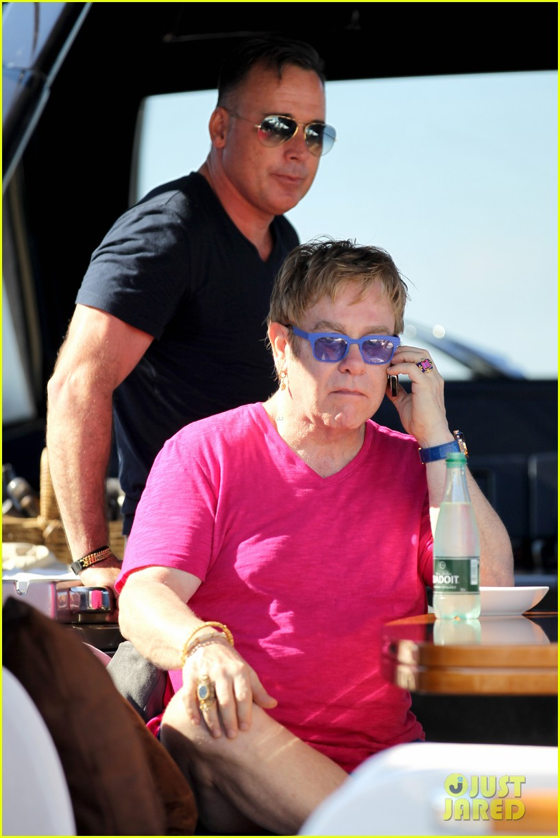 elton john vacations after appendicitis recovery 09