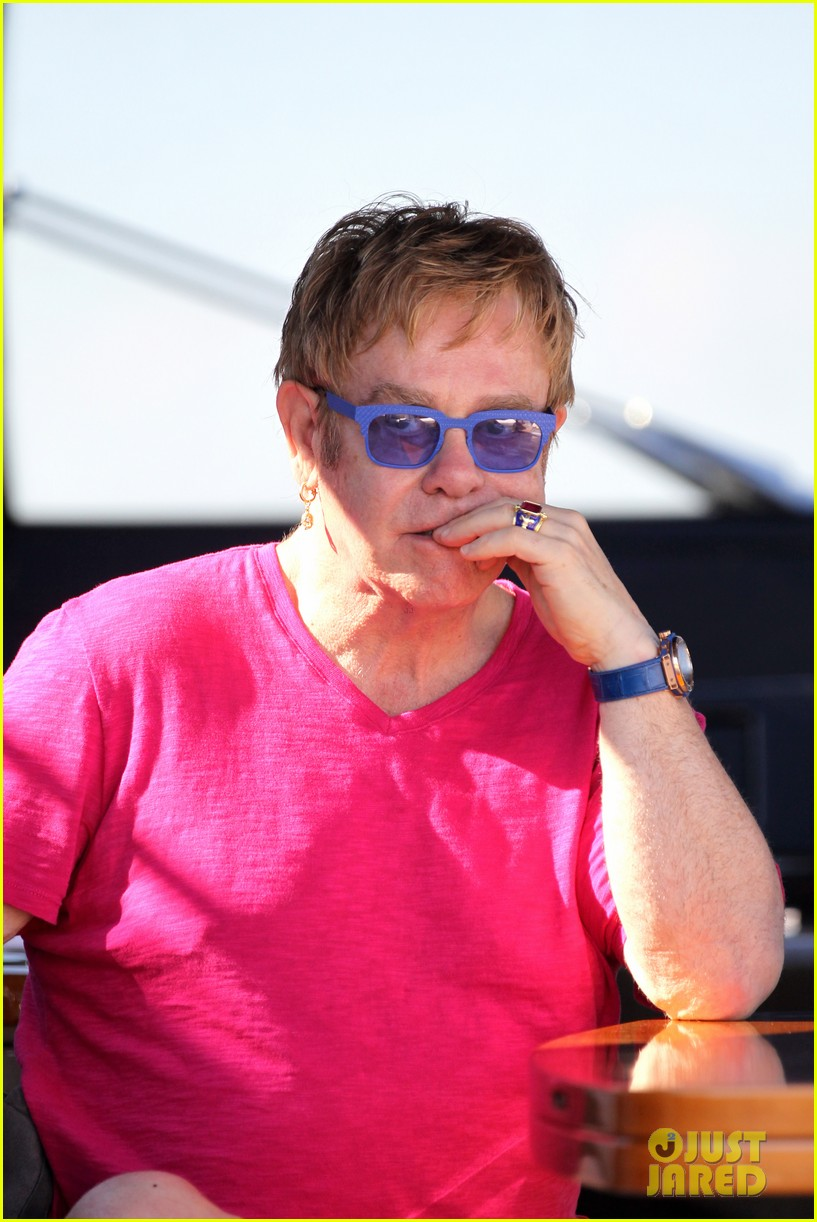 elton john vacations after appendicitis recovery 11