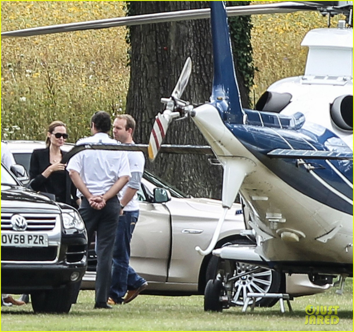 angelina jolie lodon polo field take off 03