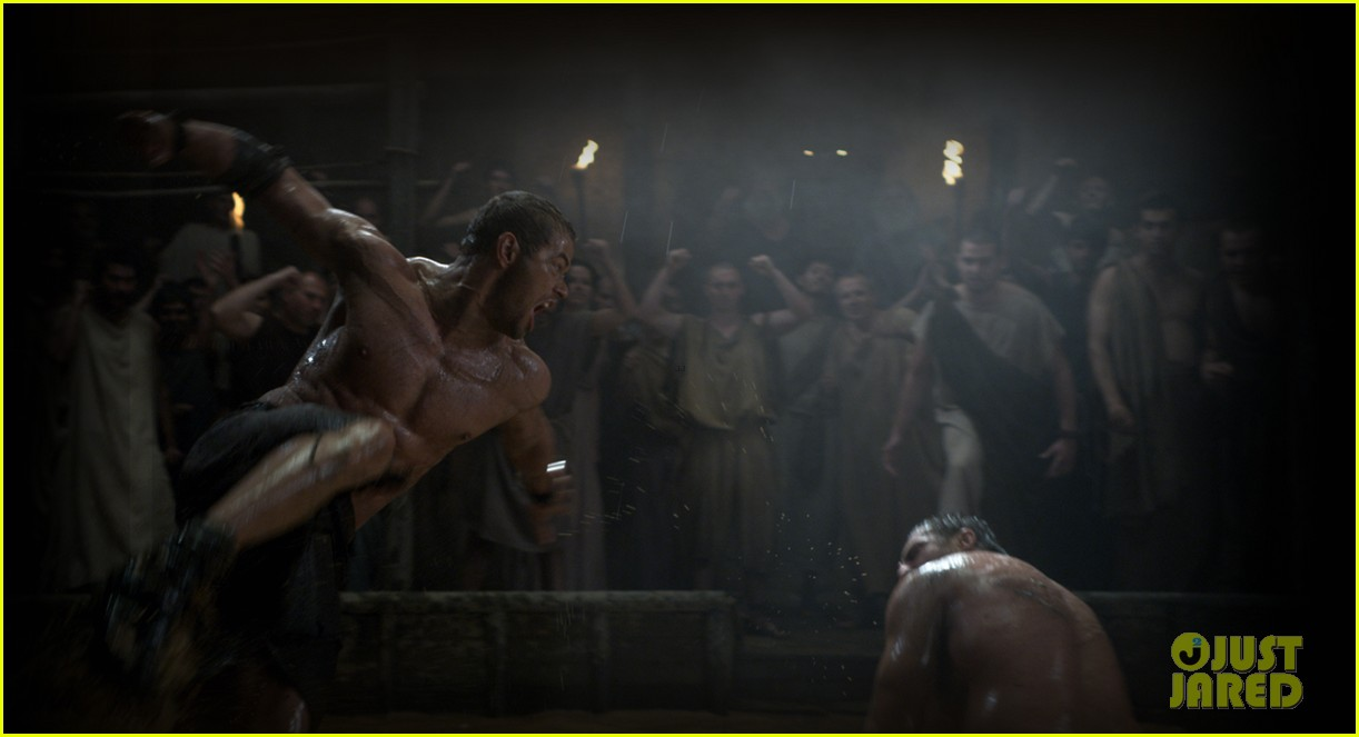 kellan lutz shirtless hercules 3d stills 02