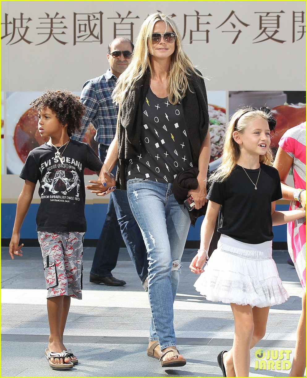 heidi klum enjoys family movie afternoon 21
