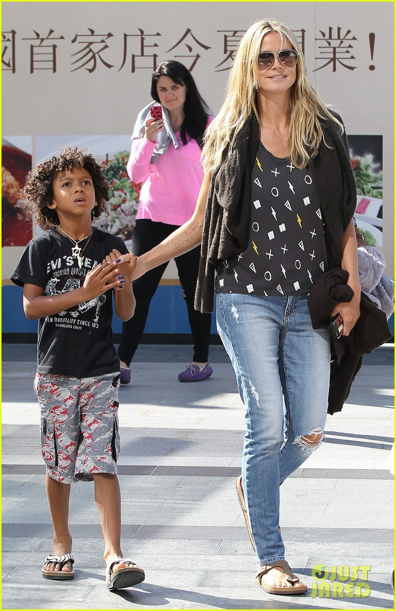 heidi klum enjoys family movie afternoon 23