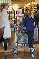 heidi klum grocery shopping movies with girls 09