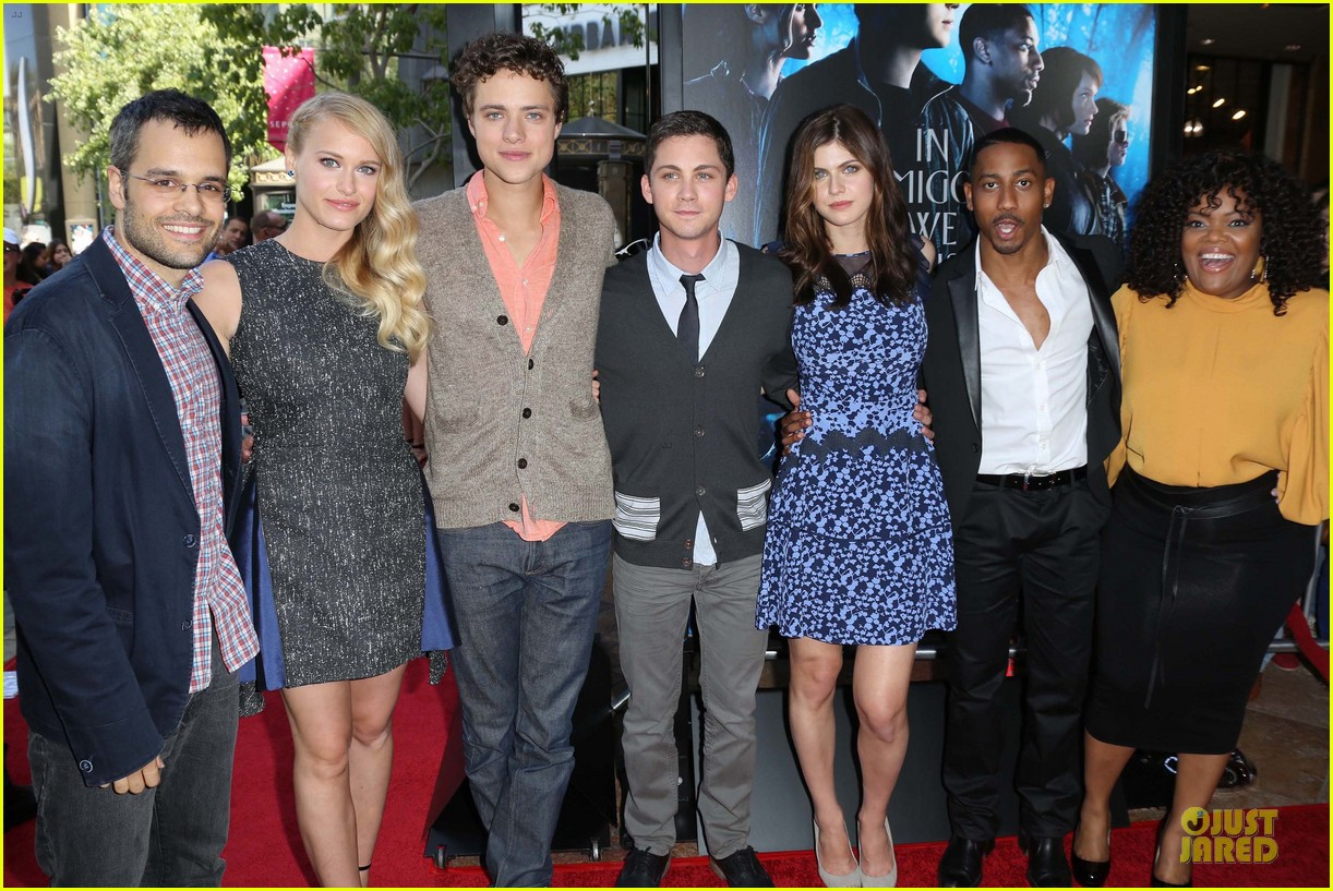 logan lerman alexandra daddario percy jackson la screening 11