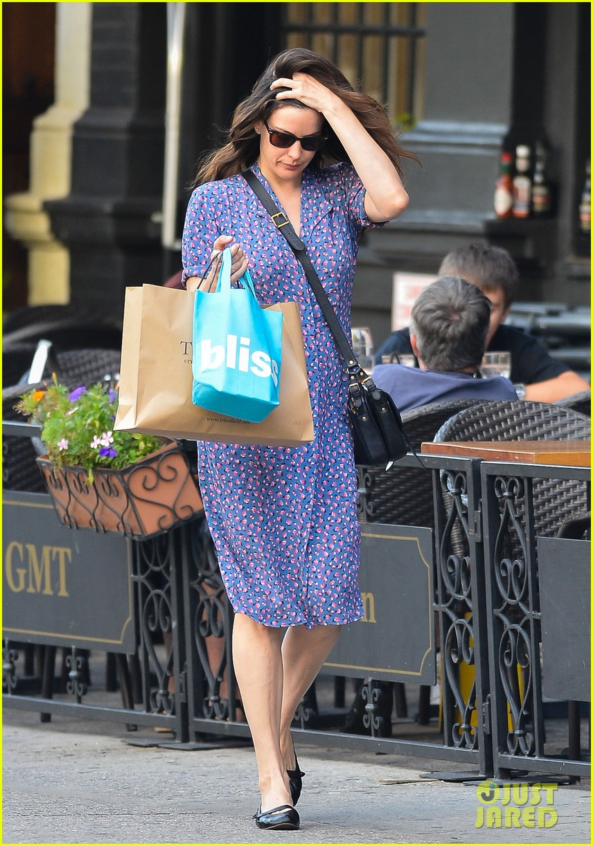 liv tyler misses empire records reunion 032933107