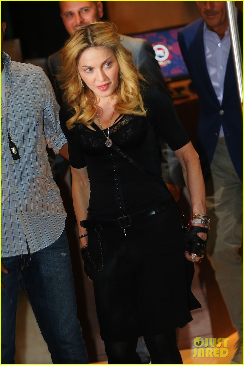 madonna rocks gold grills at the hard candy fitness center 11