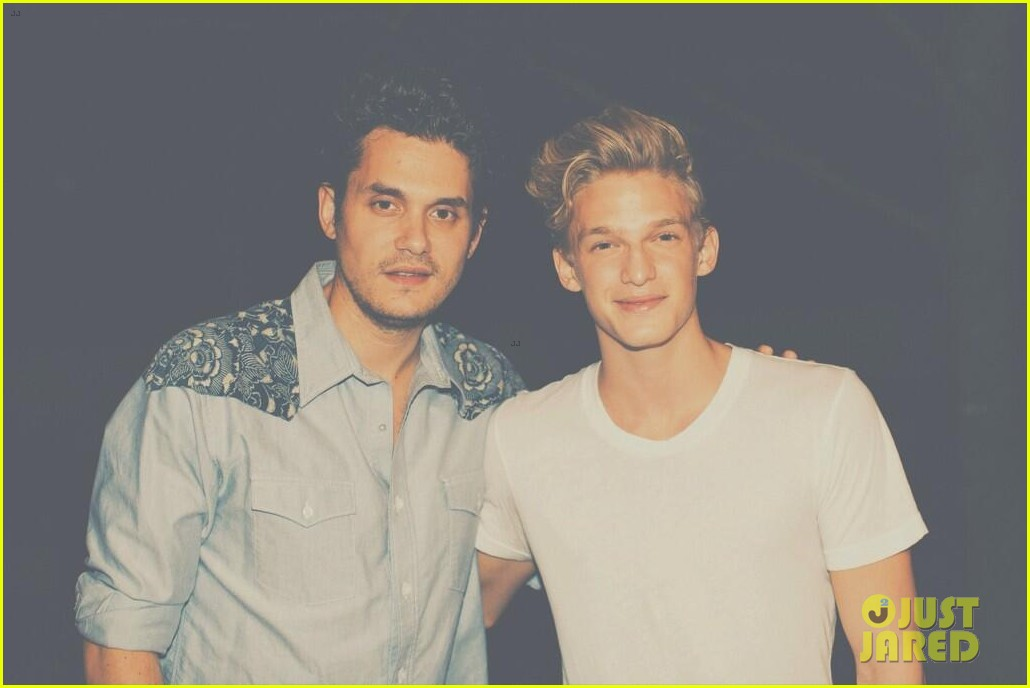 john mayer meets cody simpson before boston concert 032932487