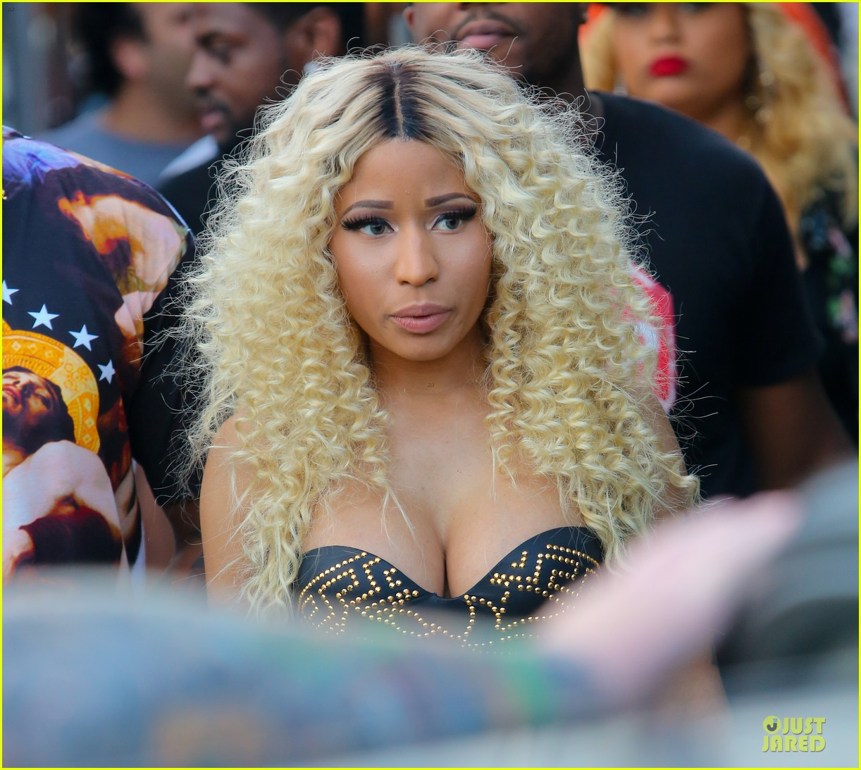 nicki minaj chris brown love more music video shoot 16