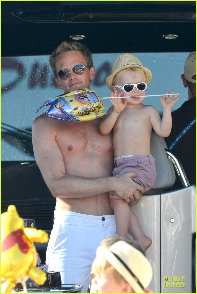 neil patrick harris shirtless vacation with david burtka twins 022926830