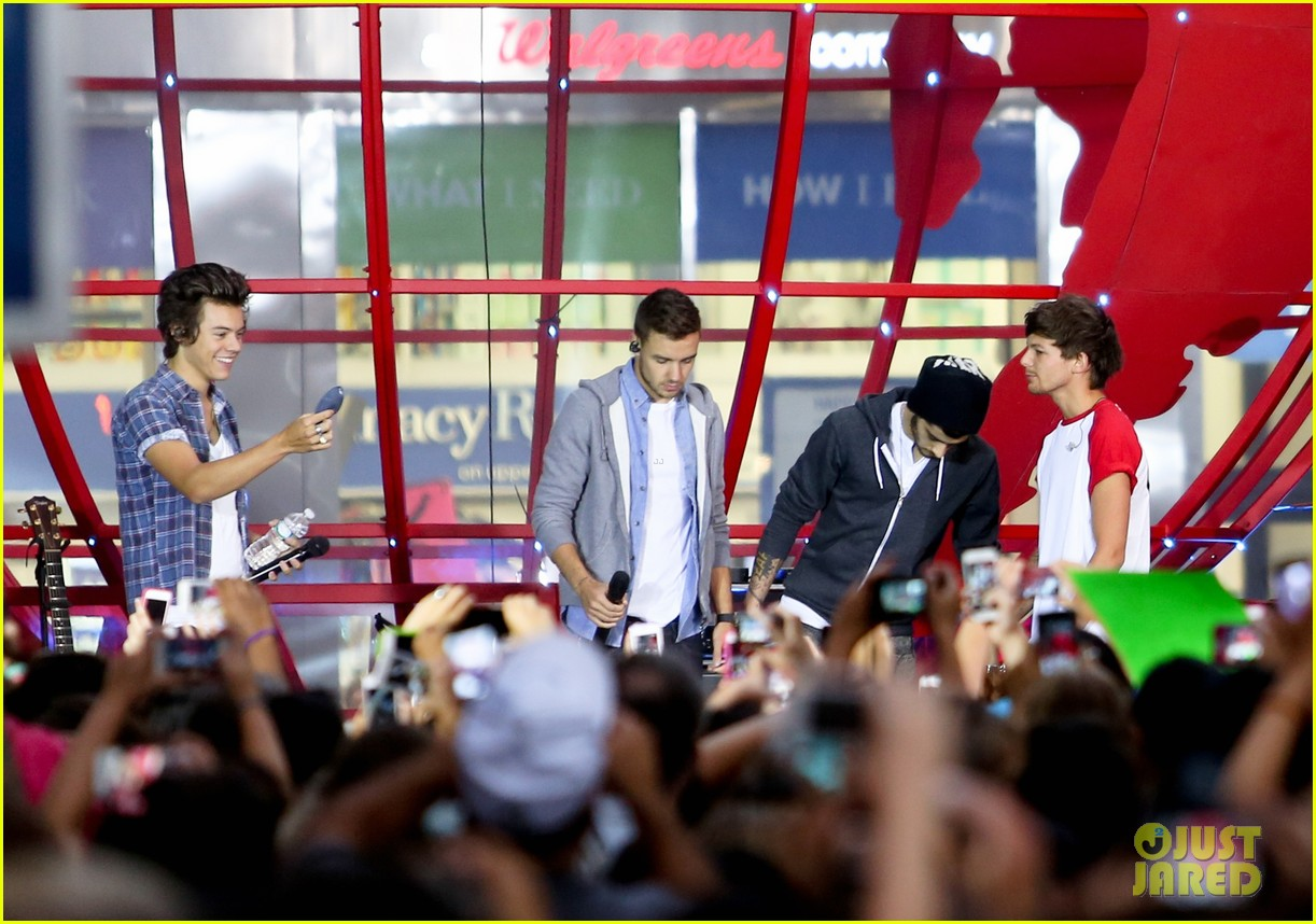 one direction today show concert series watch now 17