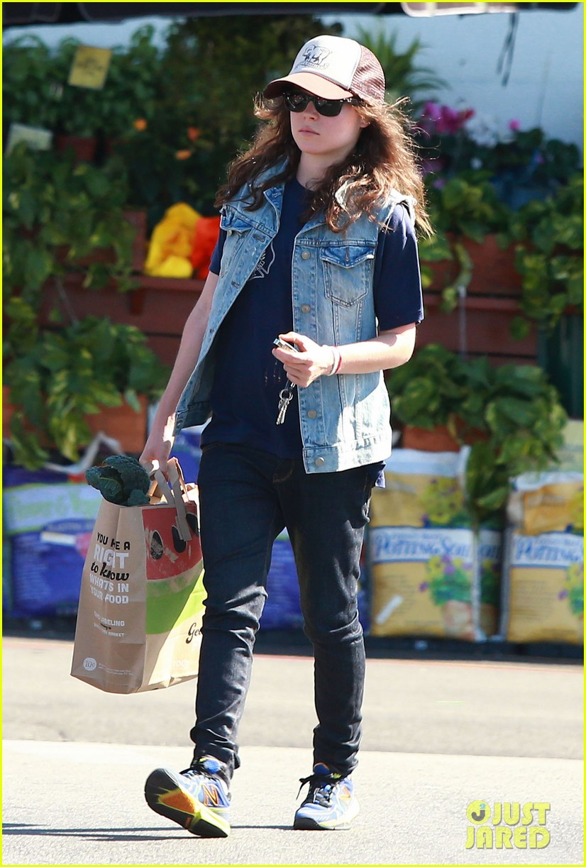 ellen page grocery shops after caution tape day 05