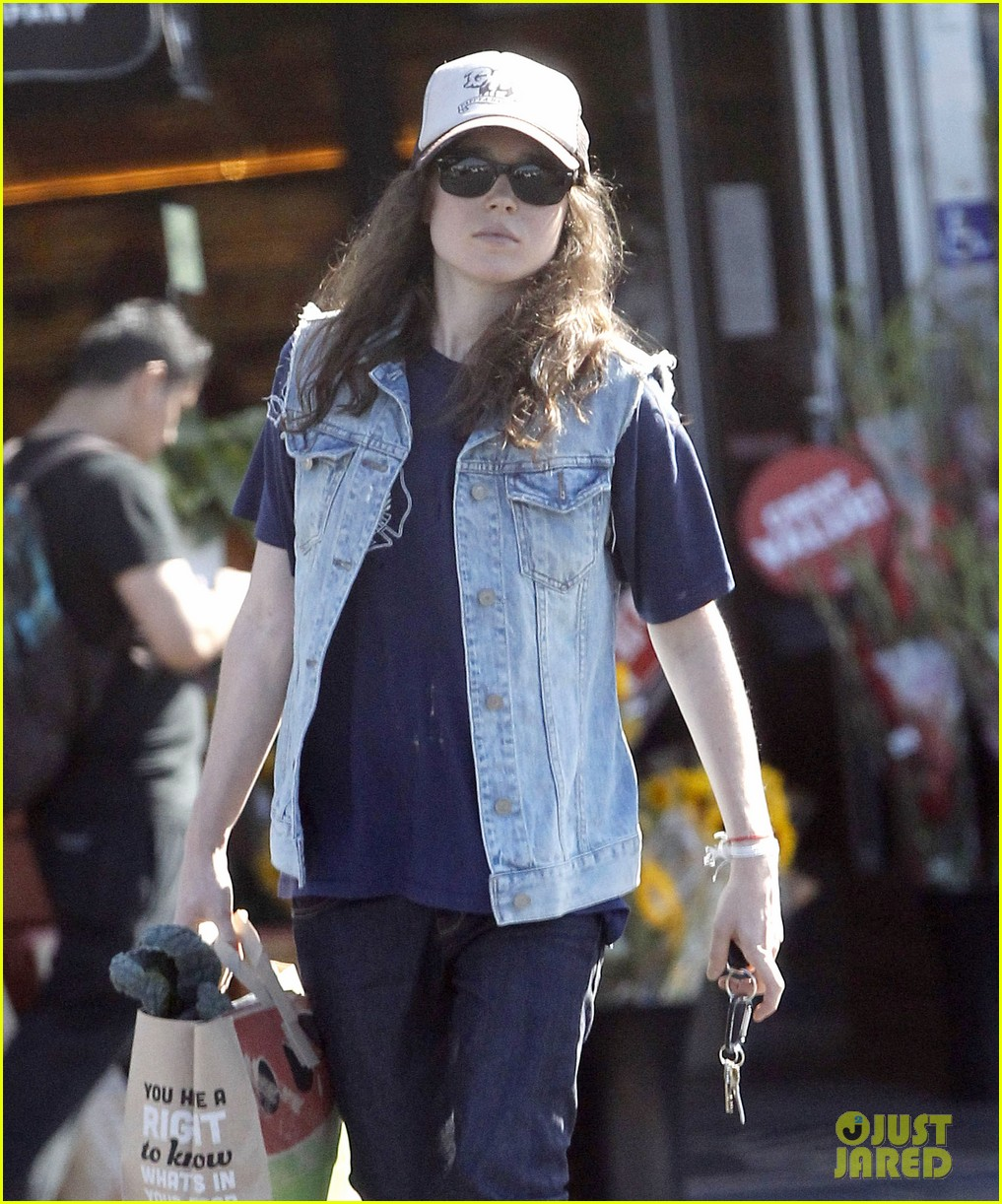 ellen page grocery shops after caution tape day 202926611