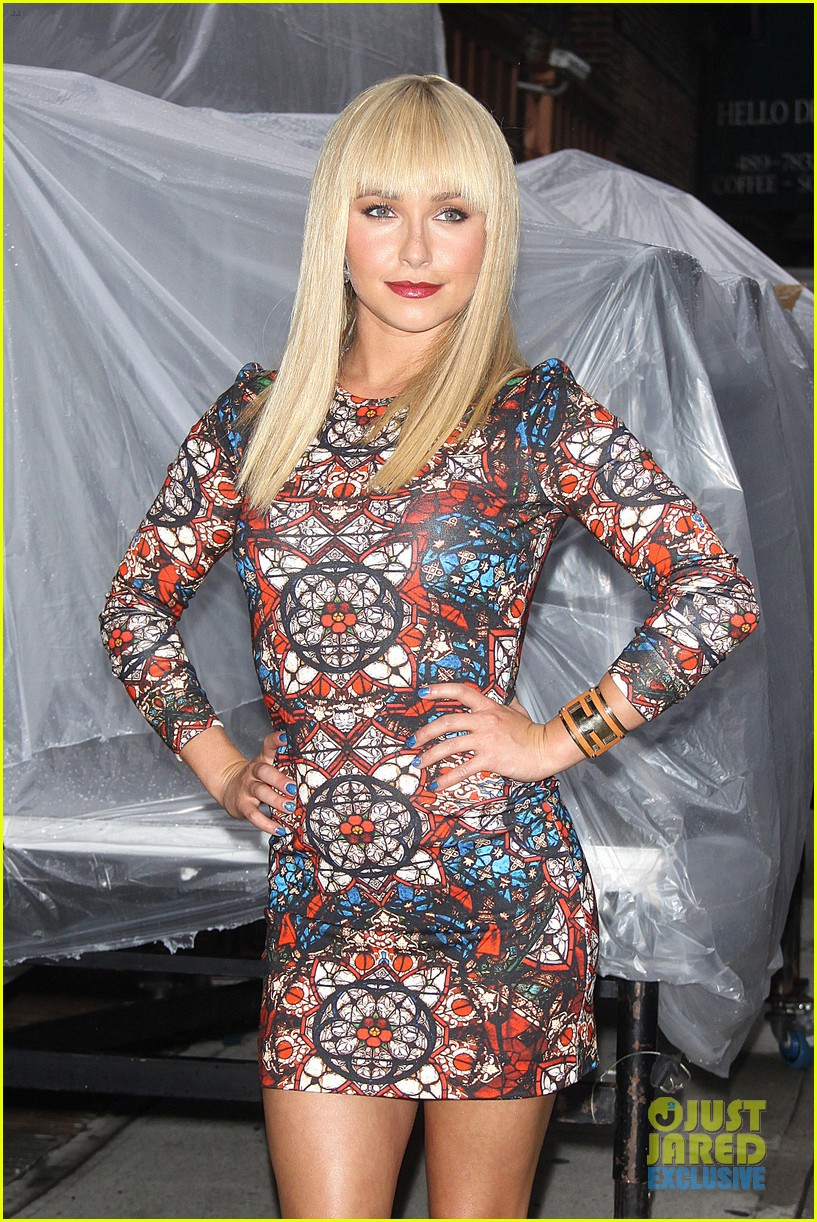 hayden panettiere debuts hot new bangs at letterman 062939496