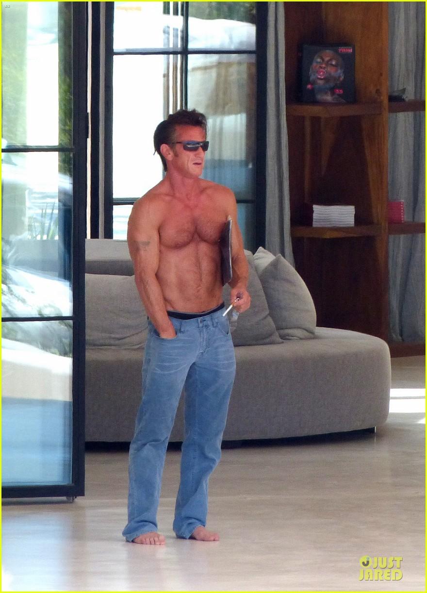 sean penn shirtless ripped on ibiza vacation 06