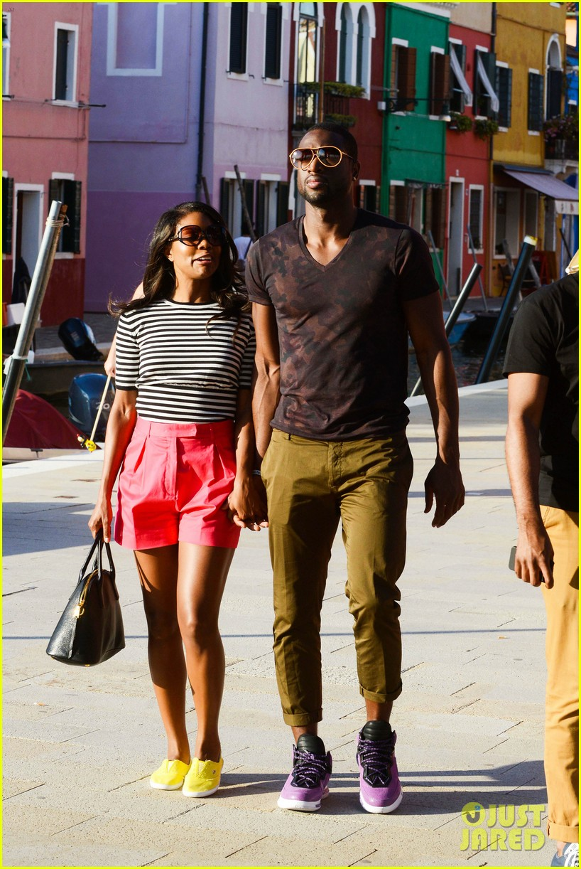 freida pinto venice sightseeing with gabrielle union dwyane wade 17
