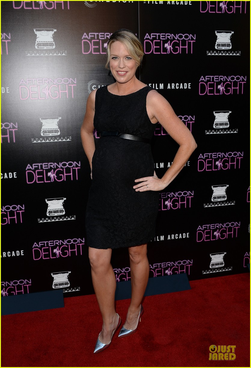 amy poehler kathryn hahn afternoon delight premiere 14