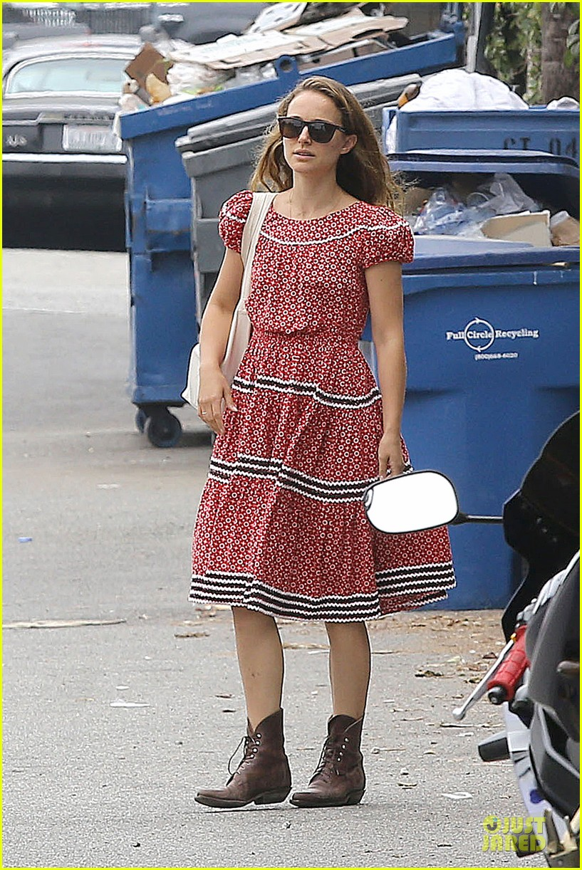 natalie portman benjamin millepied venice lunch with aleph 05