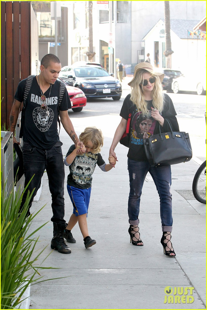 ashlee simpson bronx loves being cousin to maxwell ace 062923764