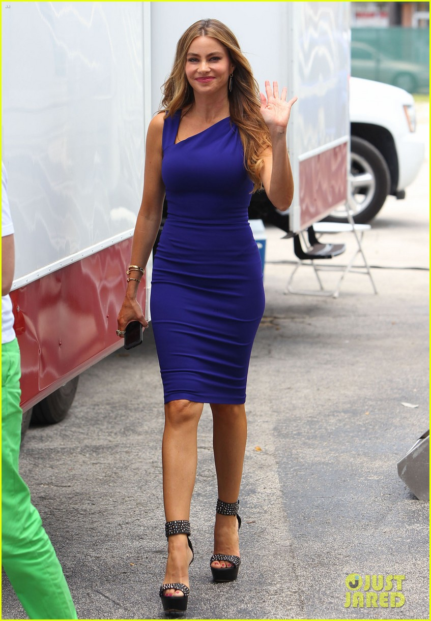 sofia vergara films chef in miami 22