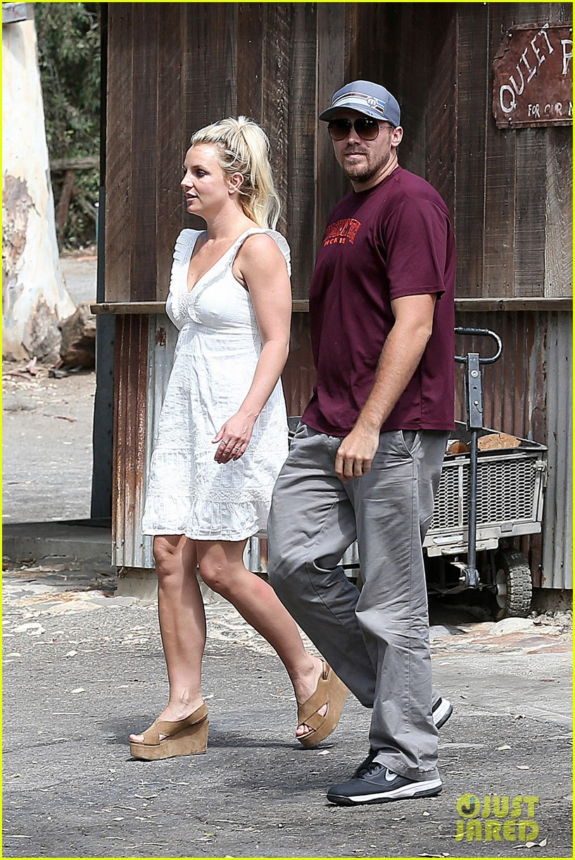 britney spears lunches with david lucado mom lynne 022941407