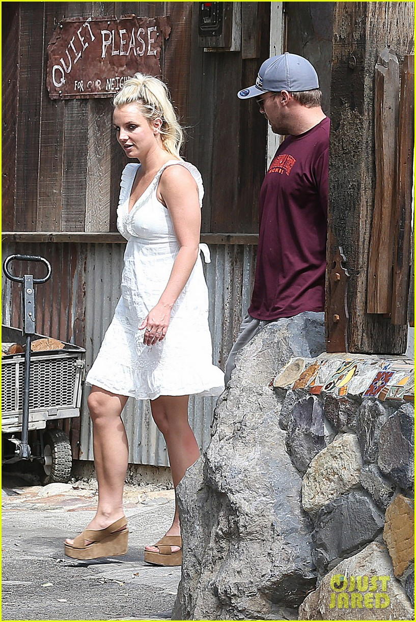 britney spears lunches with david lucado mom lynne 272941432