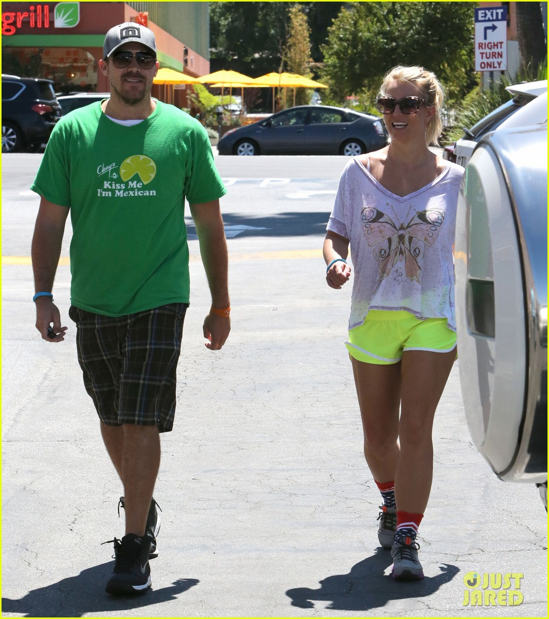 britney spears david lucado tony roma twosome 122938270