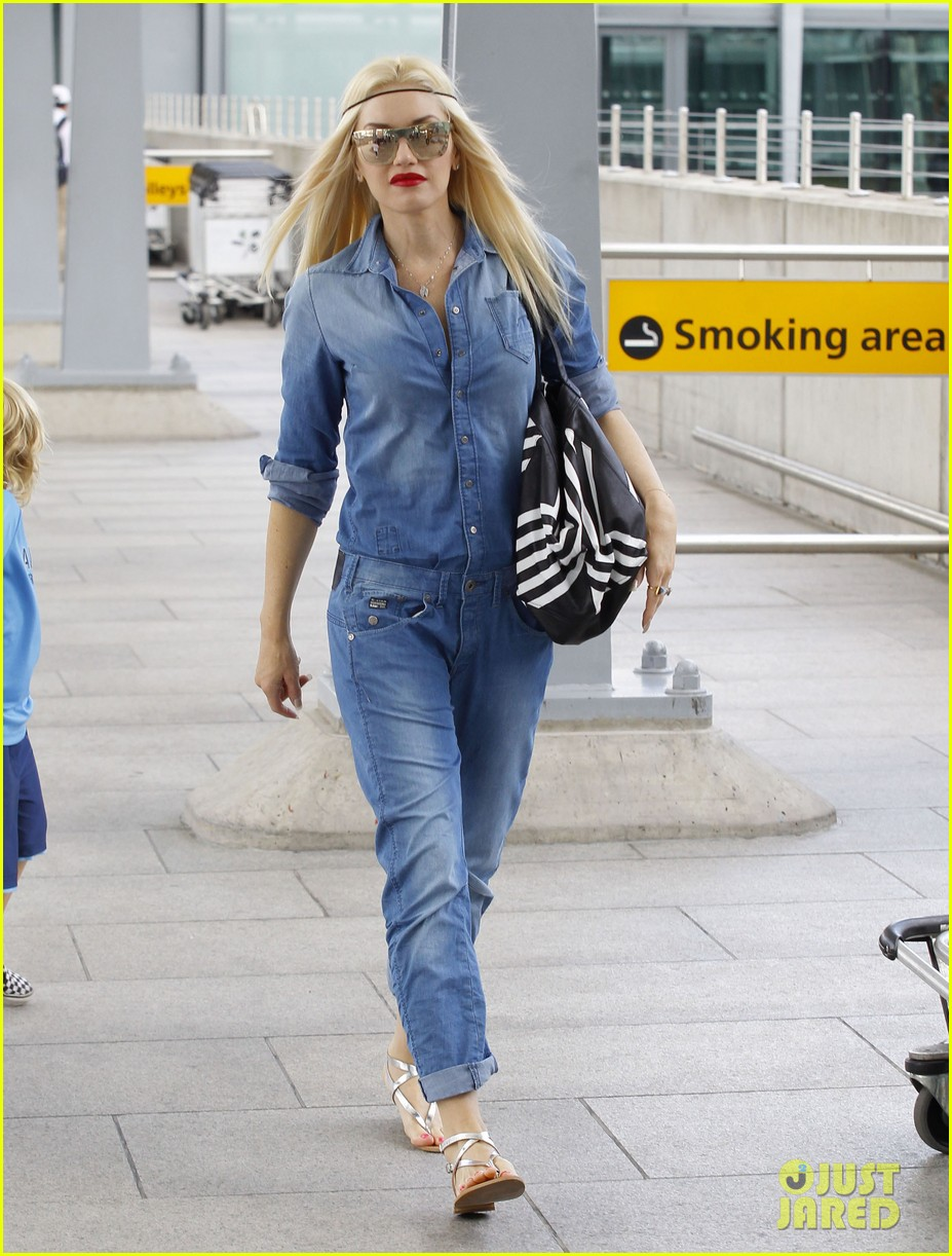 gwen stefani rocks all denim for departing family flight 21