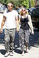 gwen stefani gavin rossdale hold hands for lunch 10