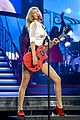taylor swift sara bareilles perform brave on the red tour 54