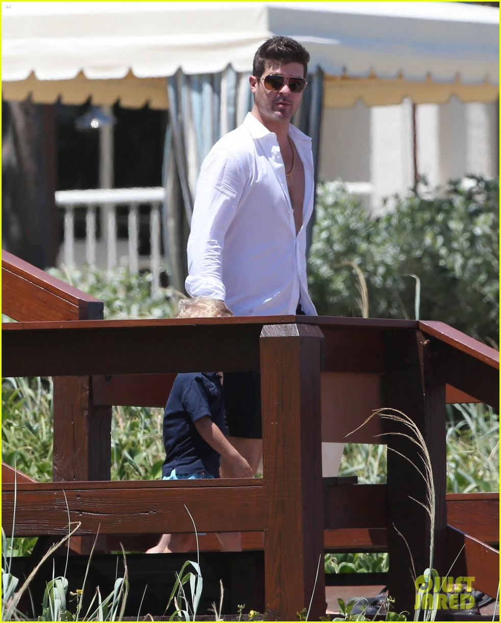 robin thicke paula patton beach day with julian 182940344