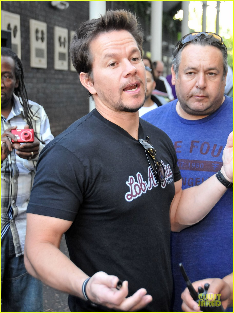 mark wahlberg gives advice for justin bieber 12