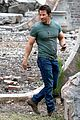 mark wahlberg bloody head wounds on transformers 4 set 01