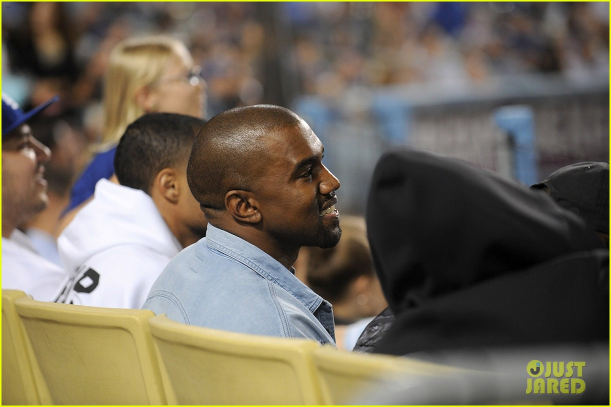 kanye west dodgers game after kim kardashian steps out 03