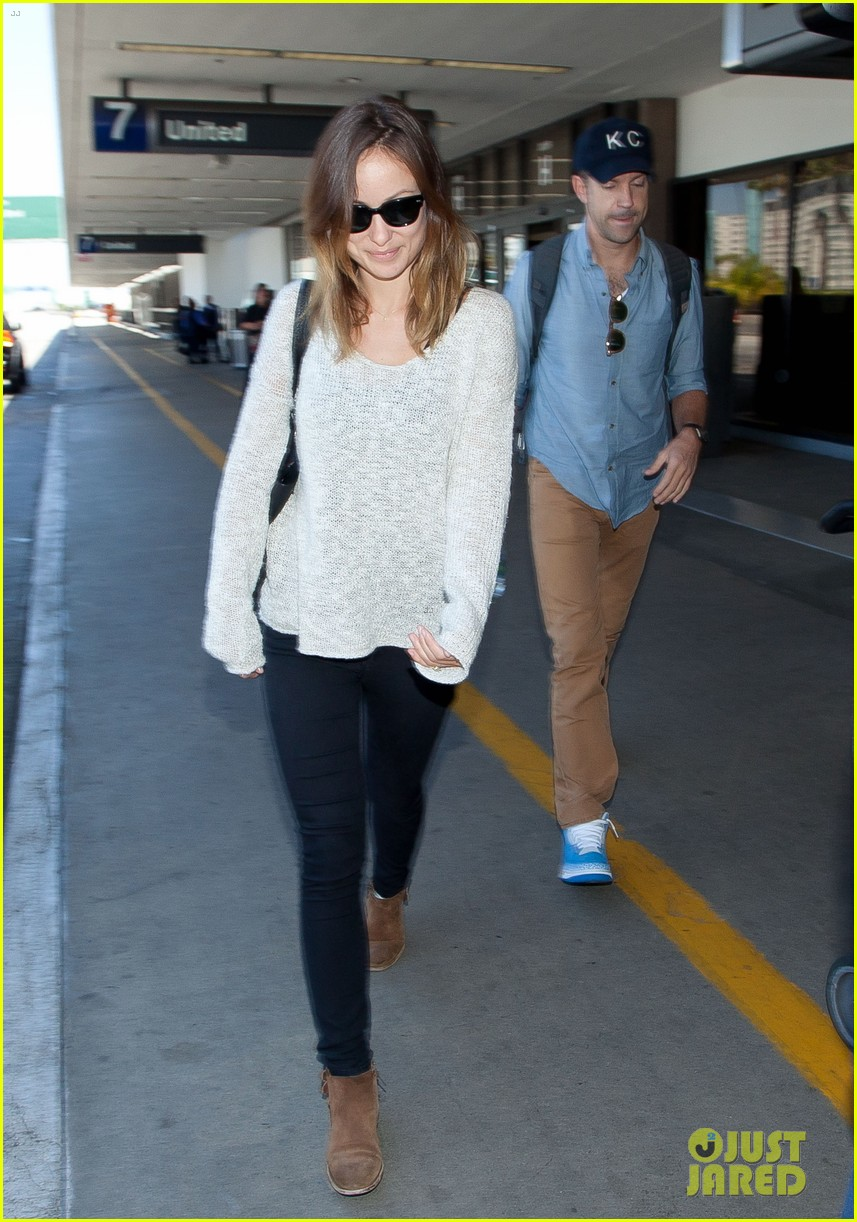 olivia wilde jason sudeikis from nyc to lax duo 10